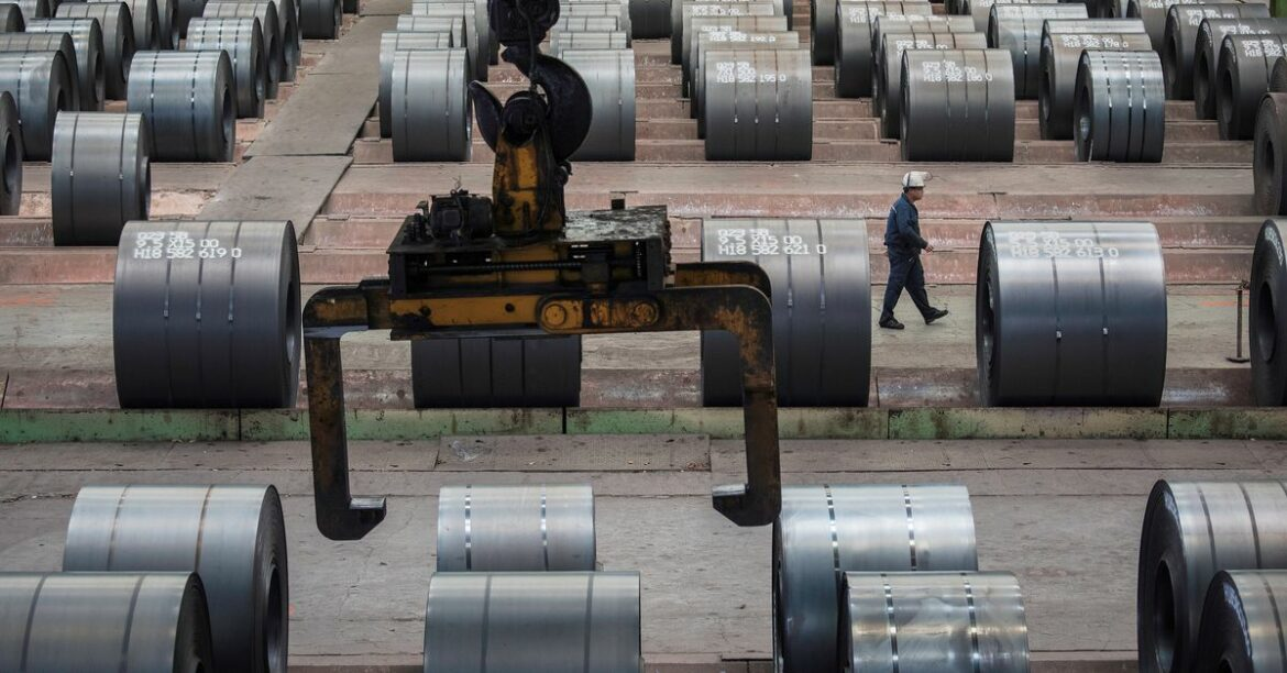 Steel sector may be saddled with up to $70 bln stranded assets